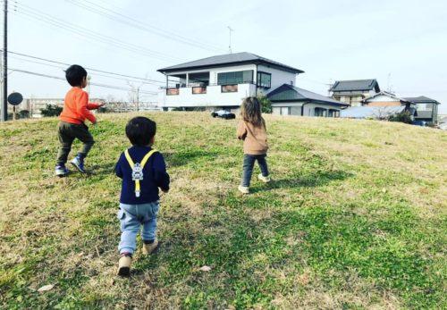 お母さんにも休日を!千葉市緑区、千葉市幕張、一時保育専門の保育園近所のおばさんち 幕張メッセでのイベント、ライブ、会議など、保育の様子をご紹介します。